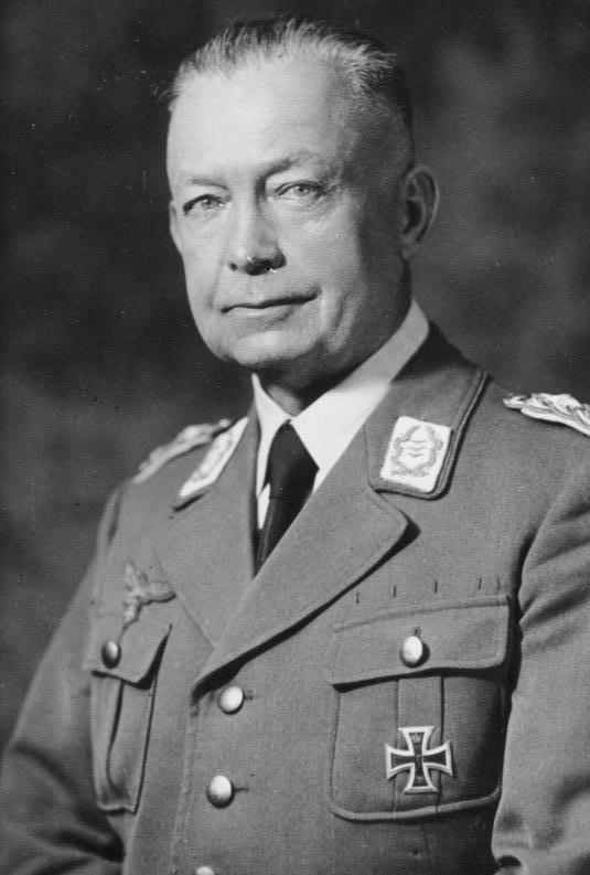 Генерал Вильгельм Шуберт - начальник экономического штаба Ost