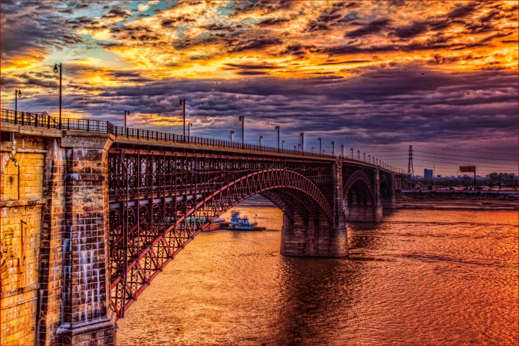 Мост Eads Bridge через Мисиссипи между Сент-Луисом и Ист-Сент-Луисом
